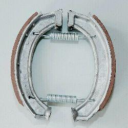 Bremsbacken Satz mit Feder passend für Dnepr K750, MW750, Ural M72, Nachbau, neu